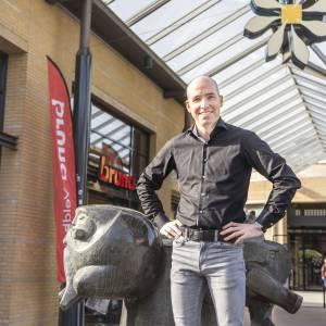 How are you doing Jean Paul van den Tillaar? (Chairman of the entrepreneurs association at Citycentrum Veldhoven)